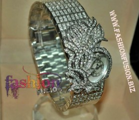 ladies jewelry wedding watch Italian diamond cut with box