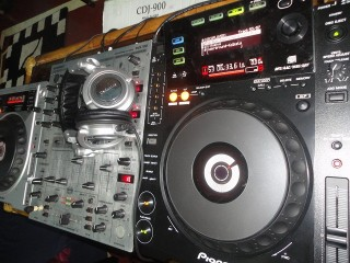 Pioneer CDJ DJ Console