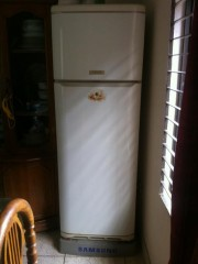 Ariston refrigerator