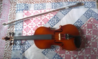 Totally intact Brand new Violin For sale.