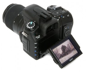 Sony alpha 300 with two lens 18 70 mm and 55 200 mm