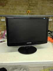 SAMSUNG 19 LCD MONITOR MADE IN MALAYSIA