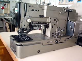 button hole machin juki japan