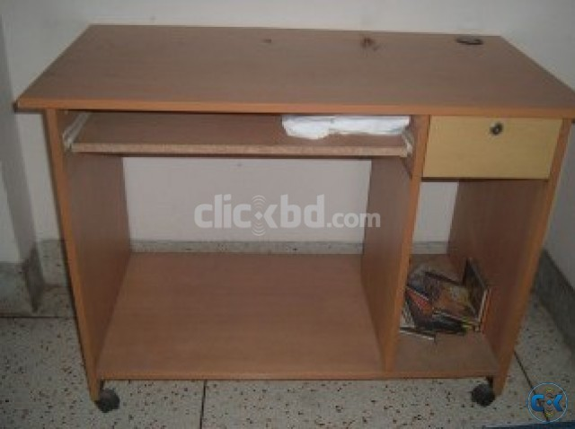 Otobi Computer Table