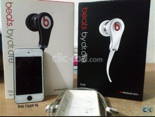 ipod 4g white 8gb with beats headphone