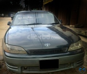 Toyota Lexus Windom model 1995 reg 2000