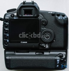 canon 5d mark 2 with battery grip