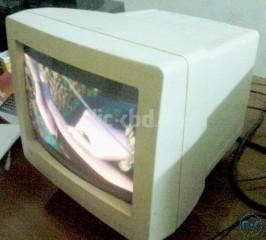 Urgent WHITE 14 CRT monitor 1700 Fixed