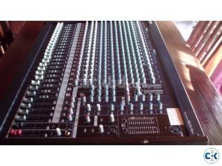 Yamaha MG 24 14FX Mixer
