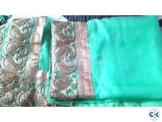 Brand new Moslin saree From own Butics house