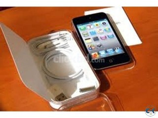 Apple iPod Touch 32GB Full Box with Video Calling