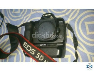 Canon EOS 5D Mark II body with Battery Grip