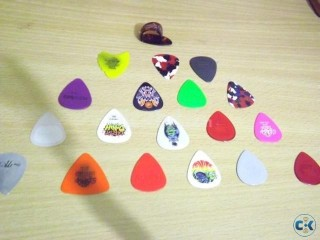 Imported DUNLOP Picks .. get it now ... limited stock
