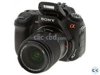 Sony alpha DSLRA300 with 18 to 70mm wi