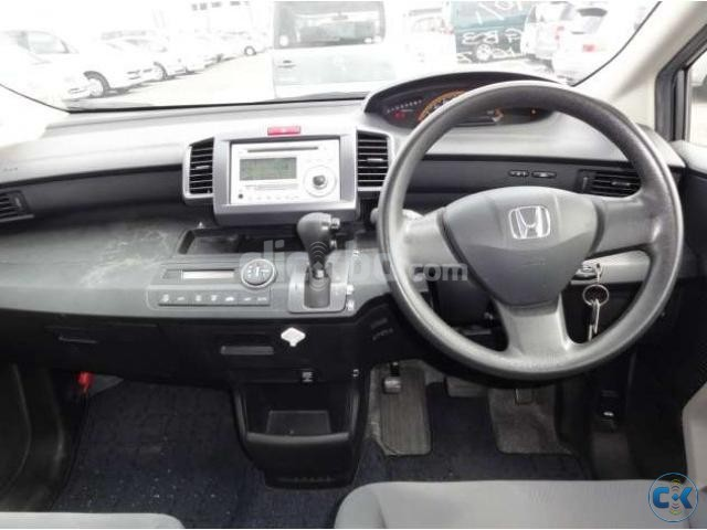 Honda freed 2008 Grey 7 seater | ClickBD large image 2