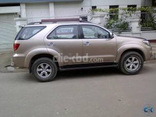 TOYOTA FORTUNER SUV ( JEEP) 4WD, 2007 BRAND NEW CONDITION