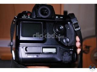 Nikon D1X Dslr Camera and Bag