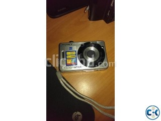 Sony Cybershot DSCW70 7.2MP