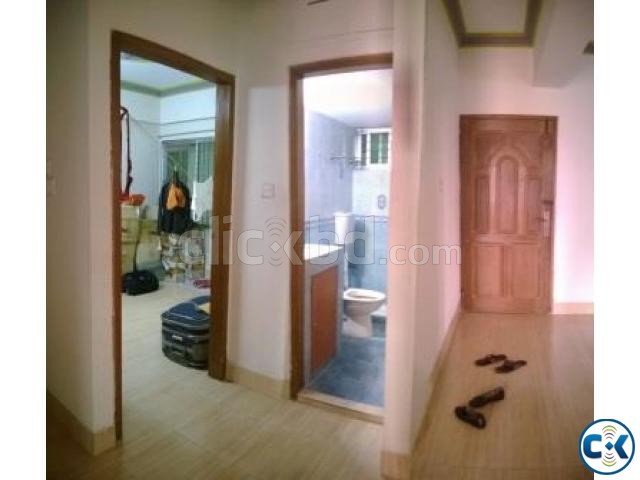 Female Sublet from January at Niketan | ClickBD large image 0