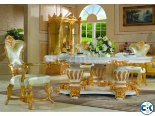Royal Dinning