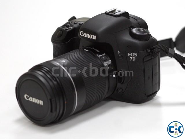 Canon EOS 7D with 18-135mm | ClickBD large image 0