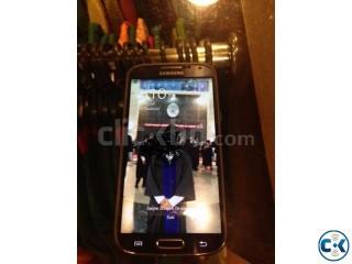 Samsung Galaxy S4 (LTE VERSION)