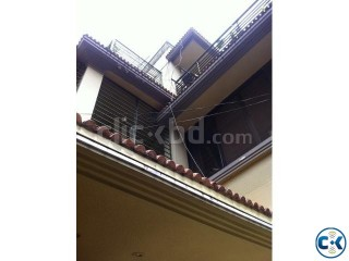 House on 2 katha land in Dhanmondi