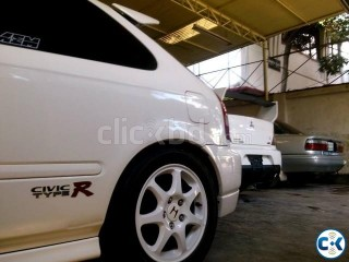 Honda Civic Type R EK9 For Sale 1 OF THE 2 PIECES IN BD