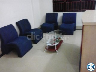 Urgent Office low rent home and office
