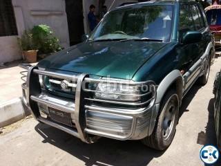 Looking for affordable SUV Grand Vitara Offroader