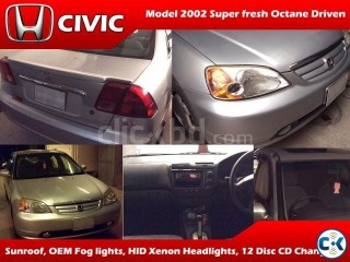 Honda Civic 2002 model Silver metallic color