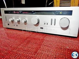 SANSUI STERIO POWERFUL AMPLIFIER WITH PEAK LEVEL.