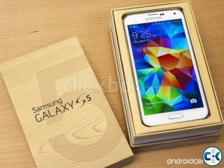 Samsung galaxy S5 16GB factory unlock.black and white color