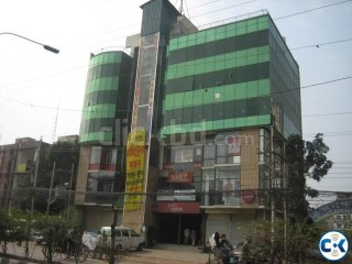 1600 sq ft COMMERCIAL SPACE FOR RENT