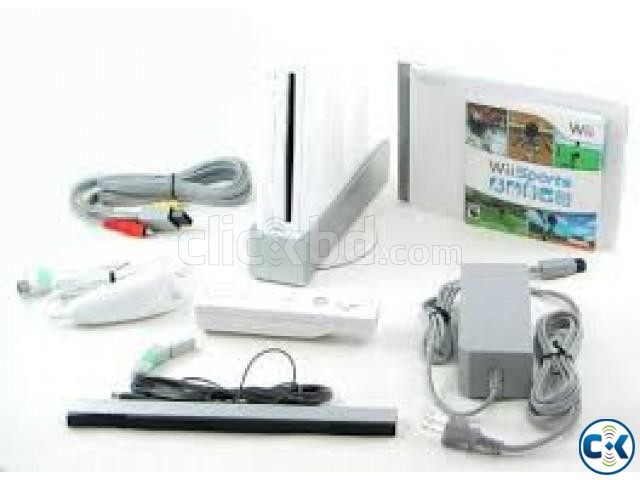 nintendo wii from UK almost new | ClickBD large image 1
