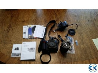 Brand new Nikon D300 camera Camera and lens in Brand new