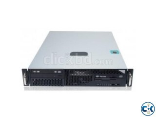 Momentum Server E5-2400 server