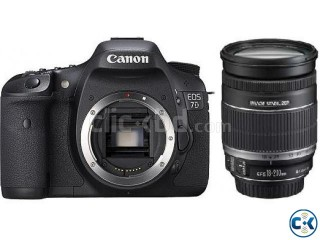 CANON 7D with 18-200mm LENS .