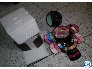 Max Touch Makeup Kit