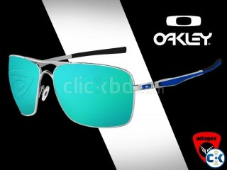 OAKLEY Plaintiff squared Sunglass 1