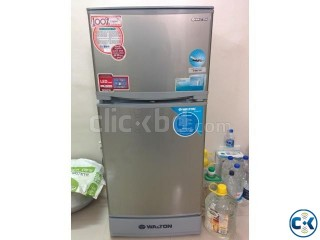 WALTON Fridge 8.5cft