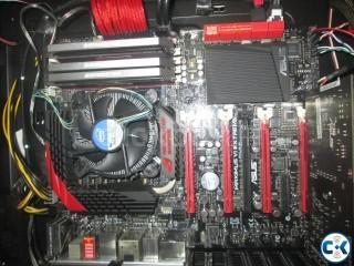 ASUS MAXIMUS VI Extreme MOBO Intel 4770k unlocked CPU.......
