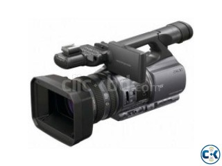 SONY DCR-VX2200 CAMCORDER
