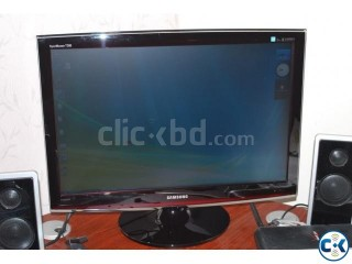 24 SAMSUNG T240 FULL HD HEAVY DUTY monitor.. no scratch