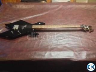 B.C. Rich Bronze Warlock Bass Guiter