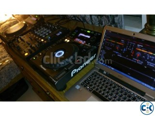 1 Pair Pioneer CDJ 900 DJ Players