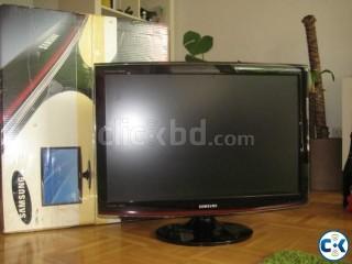 Samsung T260 26 LCD Monitor