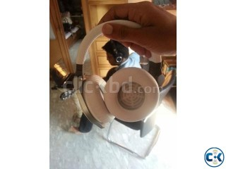 JBL E50BT stereo Bluetooth headphone