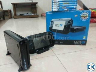 Gaming console Nintendo Wii u with games