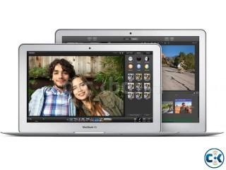 MacBook Air-11-inch 256GB core i5 4g hd 3d